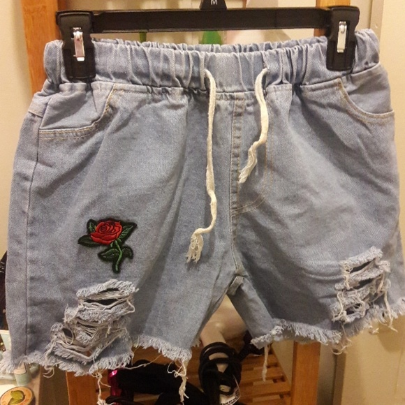7e876c38f6 ROMWE Shorts   Drawstring Rose Applique Denim Nwot   Poshmark